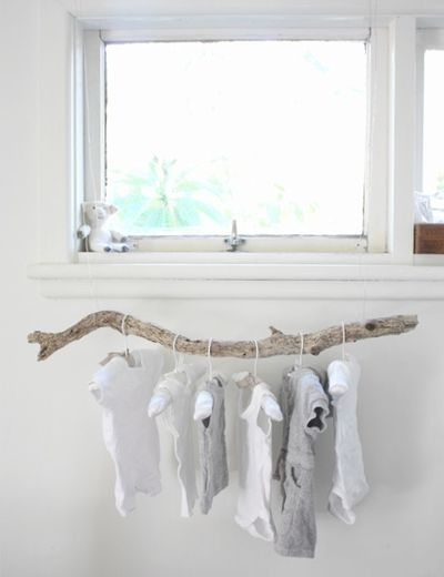 baby room suspended driftwood hanger in nursery Preschool Teaching: You Can Teach Your Child At Home Hanging Clothes, Clothes Rail, Clothes Storage, Doll Clothes, Clothes Lines, Clothes Hangers, Clothing Racks, Kids Clothing, Nursery Inspiration