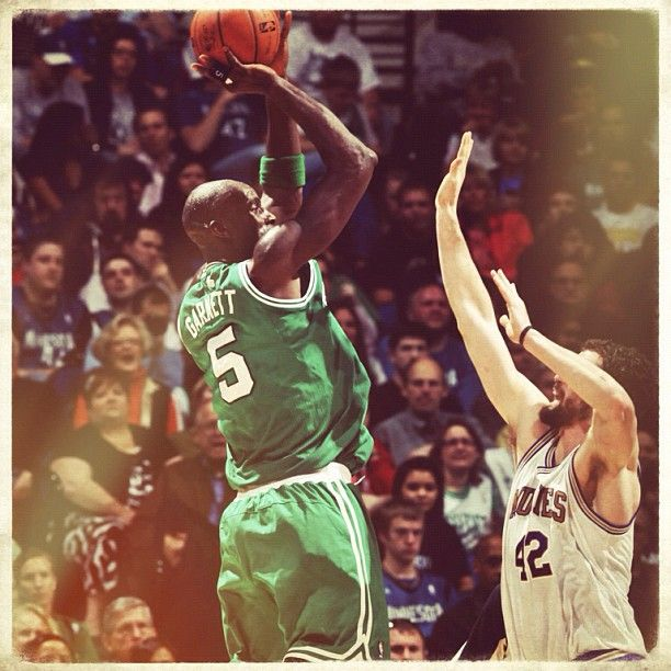 #vintage - KG drops 24 and 10 in Minnesota Friday night.