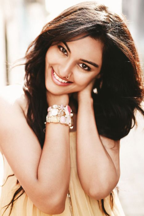 All smiles #Sonakshi #Bollywood