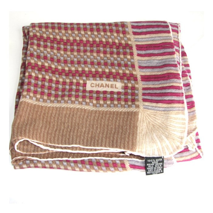 CHANEL, foulard vintage en soie