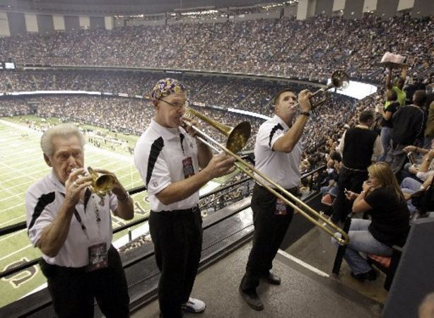 Saints fans at the dome | ... Band has roamed the Dome on New Orleans Saints game days | NOLA.com