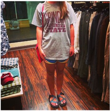 This Bulldog Bell's grinding for her state! Way to show school spirit and rock @Chaco at the same time.  #BPOschoolSPIRIT #MississippiState #HailState #Contest