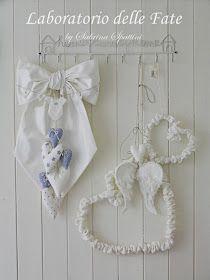 Fiocco Nascita C   con Banner Boy     Tessuto misto cotone   bianco-naturale   dettagli in colore azzurro.   Disponibile anche ...