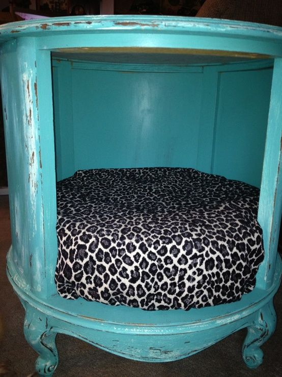 Thrift Store End Table Turned Into A pet Bed. Must keep this in mind.. - Click image to find more Home Decor Pinterest pins