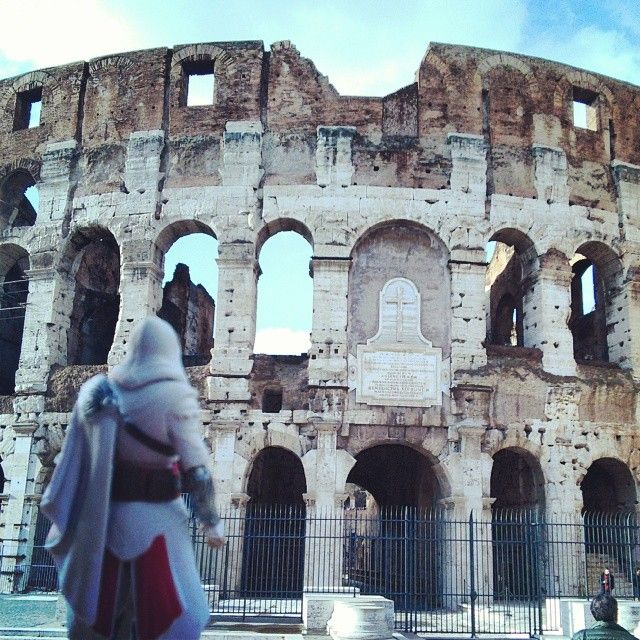 Good ol' Colosseo #Colosseum #Rome #Italy #TotallyOwnThisPlace #ClimbAllTheThings