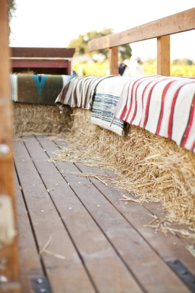 romantic hay rides, hay bales as seating on the porch?!