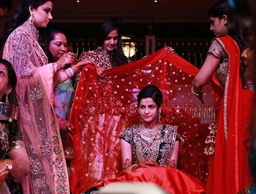 Antalyada 3 gün 3 gece Hint düğünü!