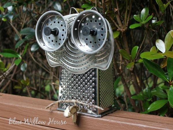 Got To Love A Junky Owl from The Blue Willow House. Love the little ears created by bending the grater handle.