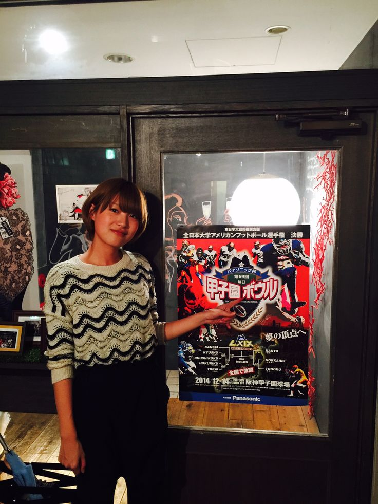 @MUSIC BAR&SMILE KITCHEN Guittone(大阪市中央区瓦町)MUSIC BARスペースと、レストランフロアでは、ゆっくりお座りいただけるテーブル・カウンター席をご用意。レストランフロアでは、陳麻婆豆腐や、ピッツァやパスタなど、ジャンルに関係なく、オープンキッチンで様々なお料理をお楽しみいただけます。