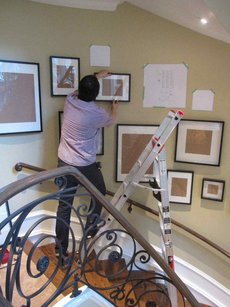 How to Hang a Gallery Photo Wall by professional art installer Kent Southwell - www.mariakillam.com