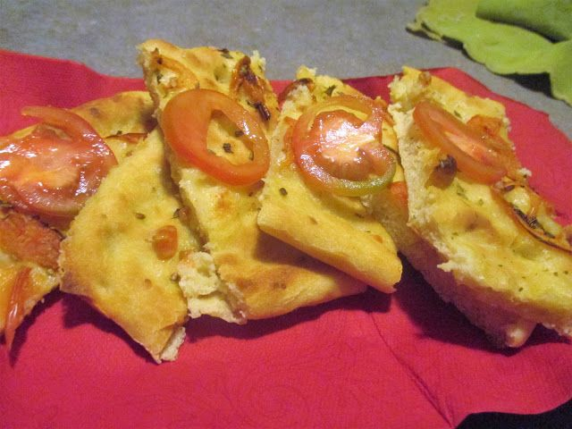 FORNELLI IN FIAMME: FOCACCIA WITH POTATOES AND TOMATOS - Focaccia con ...