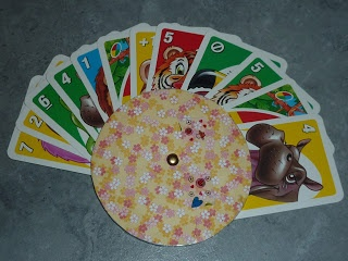 Hecho por Vicky: portatarjetas para niños (Tutoría)   -   Made by Vicky: Card Holder for Children (Tutorial)   -   Made by VickY: Kartenhalter für Kinder (Tutorial)
