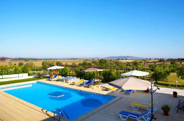 Descubra o Monte do Colmeal, um local onde a tradição e os costumes se aliam à excelência do turismo rural | Mourão | Escapadelas | #Portugal #Mourao #Turismo #Rural #Alentejo