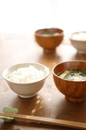 簡単!家庭のお味噌汁を格段に美味しくさせる秘訣 - NAVER まとめ