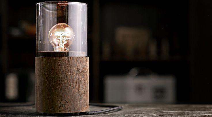 Designer-Nachttischleuchte LANTERN aus Holz von The Oak Men