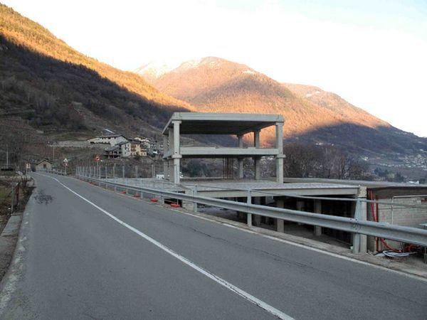 L'ecomostro di Ponte in Valtellina (So)