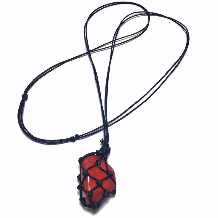 19,90 - Colar de Pedra Castroada Jaspe Vermelho Natural