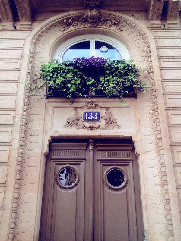 Paris-Shots Tumblr http://paris-shots.tumblr.com/post/99310277003/paris-building-details Paris-Shots Deviantart http://paris-shots.deviantart.com/art/Paris-building-details-487653698?q=gallery%3Aparis-shots%2F51470064&qo=10
