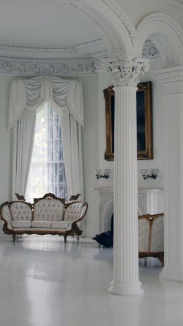 LOVE LOVE Pillars inside the House!!! | Home | Pinterest: pinterest.com/pin/371828512956056109