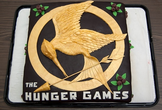 Hunger Games cake the-hunger-gamesHuger Games, Food, Cake Ideas, Amazing Cake, Hungergames, My Birthday, Birthday Cake, The Hunger Gam, Hunger Games Cake