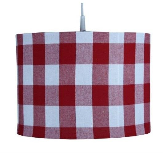 Toffe hanglamp voorzien van een pendel om aan plafond te bevestigen. Doorsnede van ongeveer 35 cm, metalen kader en is 100% katoen. Perfect in combinatie met bijhorend dekbedovertrek. #Licht #Stijlvol #Slaapkamer