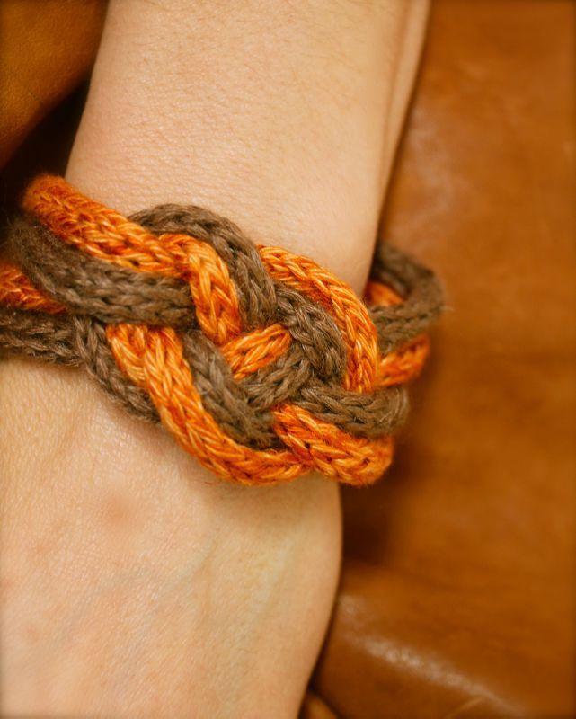 Le bracelet noeud au tricotin