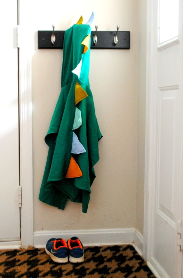 Handmade Christmas Gifts For Boys: Dragon Dress-up Poncho tutorial