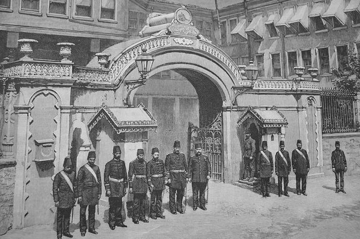 Police Officers, #Istanbul, 1890s (#Osmanlı Polis İstasyonu)