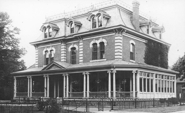 The Lister house was built in 1875 by Joseph Lister at 127 Victoria Avenue South. In 1852, he constructed a four-storey stone building known as the Lister Block. The building was destroyed by fire in 1923, but the following year a new Lister Block was erected on the same site on James Street North. In 1948, this large family home was sold to a local contractor for conversion into an apartment building.