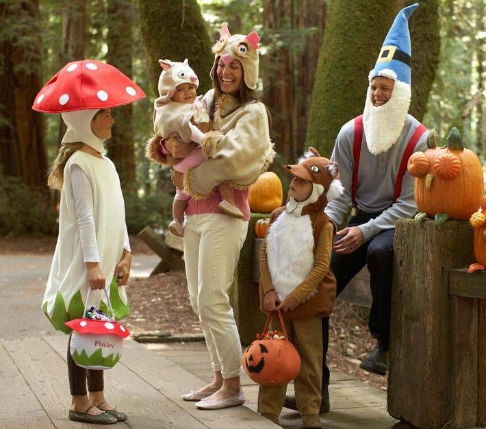 Plan on trick-or-treating as a family?  Here are six great family costume ideas for your whole clan.