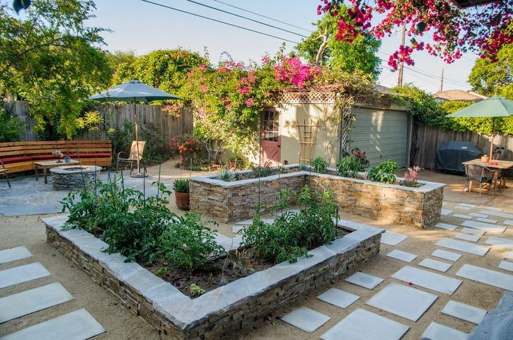 los angeles brick planter landscape traditional with veggie boxes bench contemporary outdoor lounge chairs design ideas http://www.belandscapedesign.com