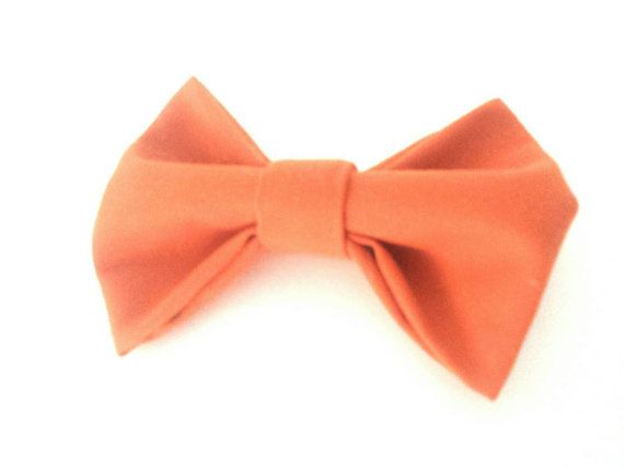 Check out this item in my Etsy shop https://www.etsy.com/ca/listing/262143331/fabric-bow-orange-bow-rustic-bow-hair