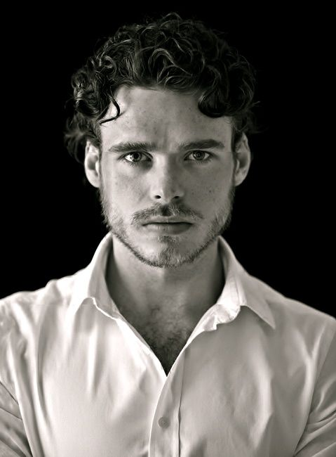 Richard Madden - plays Robb Stark in Game of Thrones, will ...