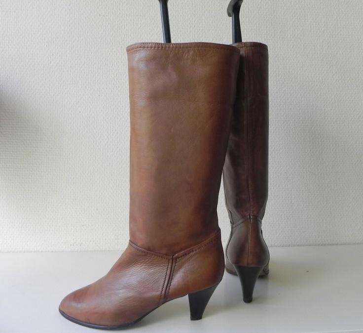 Lovely boots! Kalfsleren stoere vintage laarzen #vintage #boots #laarzen