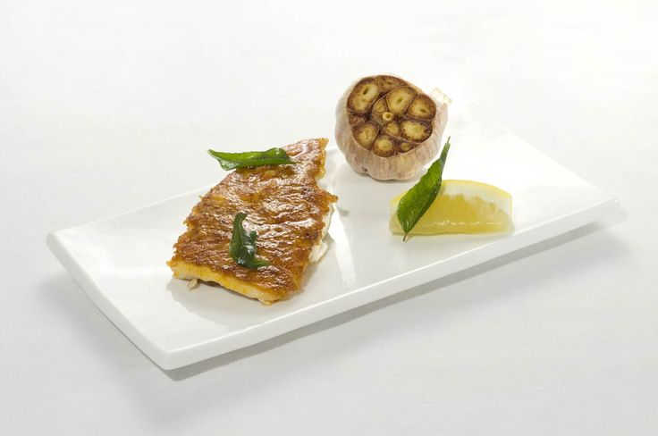 Seared Coral Trout Fresh Curry Leaf Butter © Mozaic Beachclub – Photo Philippe Heurtault