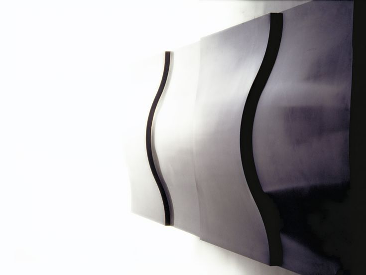 AlgoRhythm Wall System (lacquer finished steel) Photo:Milgo