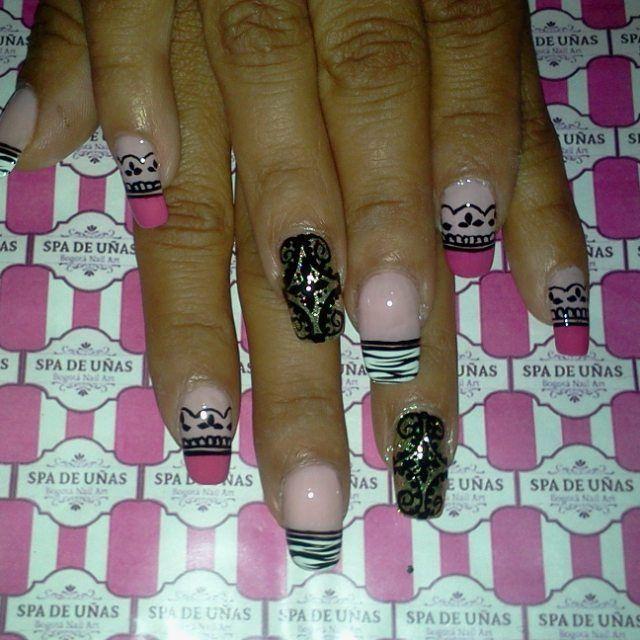 nail art design, uñas decoradas arabescos y animal print