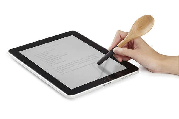 The Umbra iSpoon by Jordan Murphy Ensures Tablets Stay Clean trendhunter.com