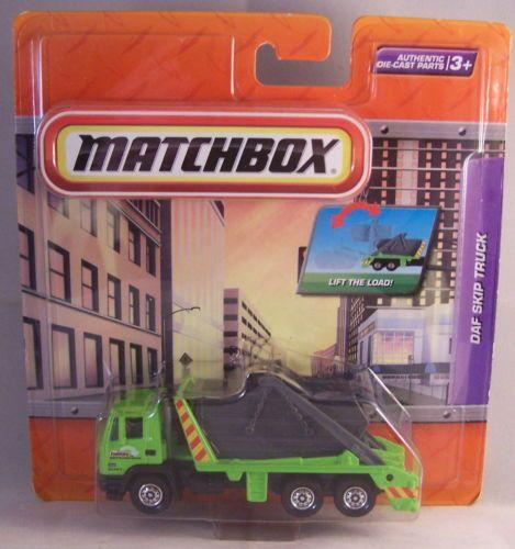 ctd-Matchbox-2009-Real-Working-Rigs-DAF-Skip-Truck-green