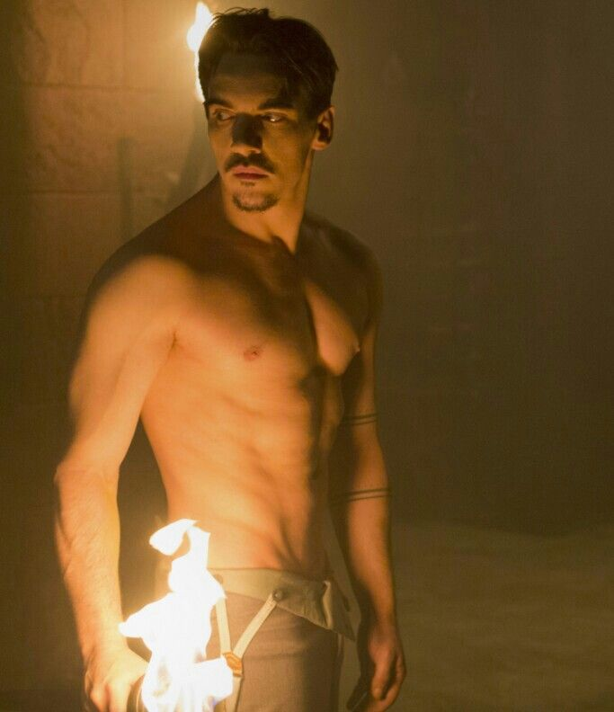 Jonathan Rhys Meyers - Dracula (wasn't sure where else to put this besides wow!)