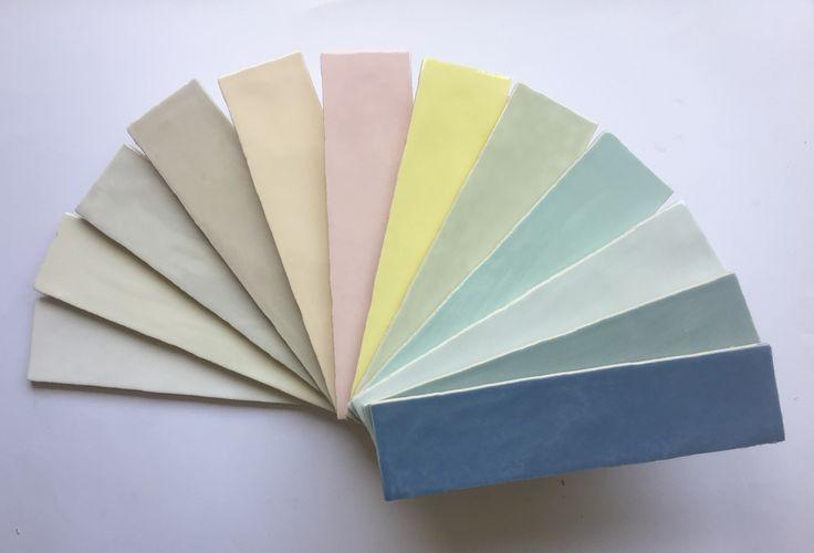 La collezione Crayon si compone di due formati: 7,5x30 e 7,5x15 ed è declinata in 12 colori pastello glossy e 1 colore matt