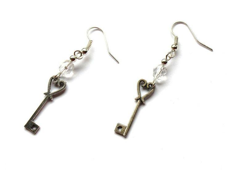 Kolczyki z kluczami w Especially for You! na http://pl.dawanda.com/shop/slicznieilirycznie #kolczyki #earrings #crystals #kryształki #handmade #DaWanda #keys #klucze