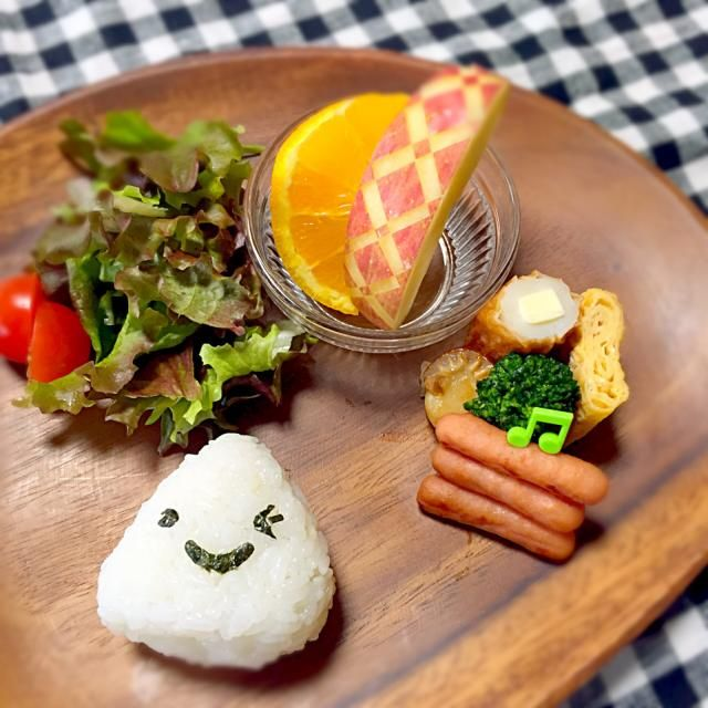 遠足のお弁当作りの方が忙しくて、モーニングは、お弁当のおかずを少し取り入れました笑 - 30件のもぐもぐ - 息子の朝食(遠足弁当モーニング) by キナリ
