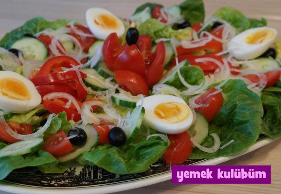 Yumurtalı Kıvırcık Salata Tarifi nasıl yapılır? Resimli Yumurtalı Kıvırcık Salata Tarifi anlatımı ve malzemeleri burada. Diyet yapanlar için sağlıklı salata…