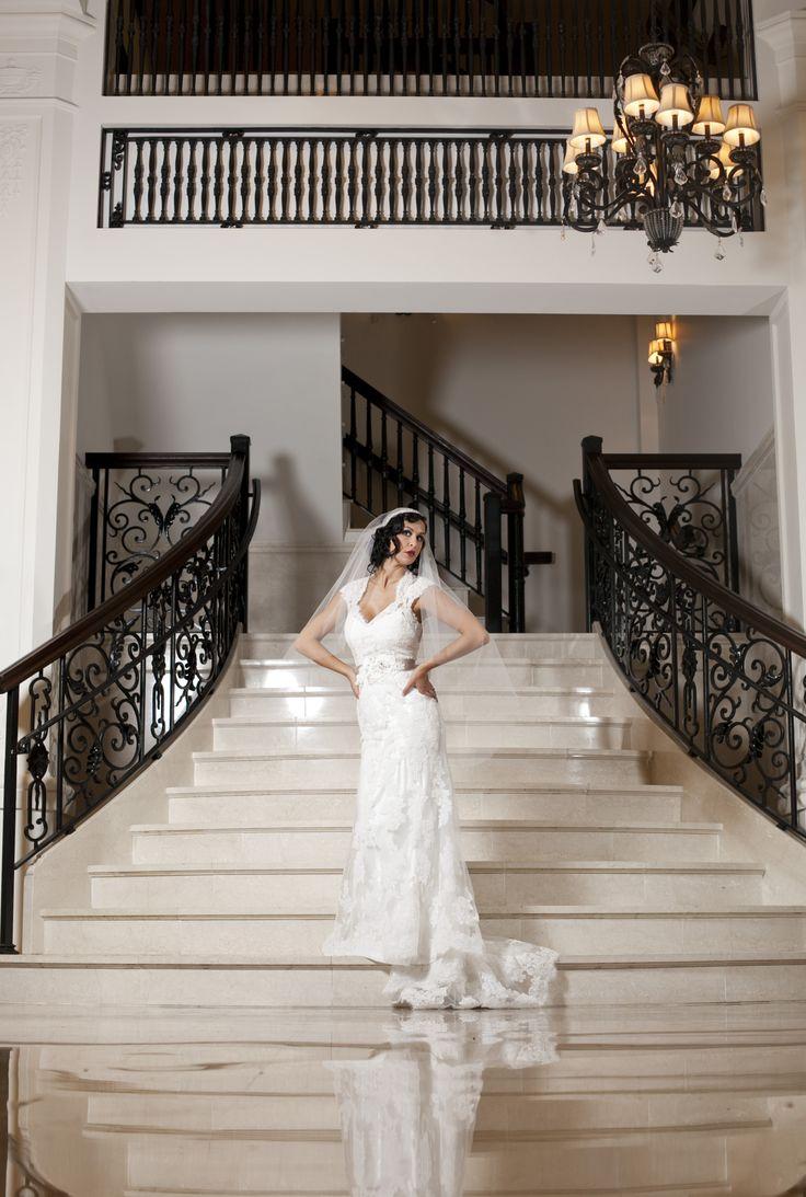 Gorgeous steps of the king edward hotel jackson mississippi weddings sharoncokerphotography citywithsoul