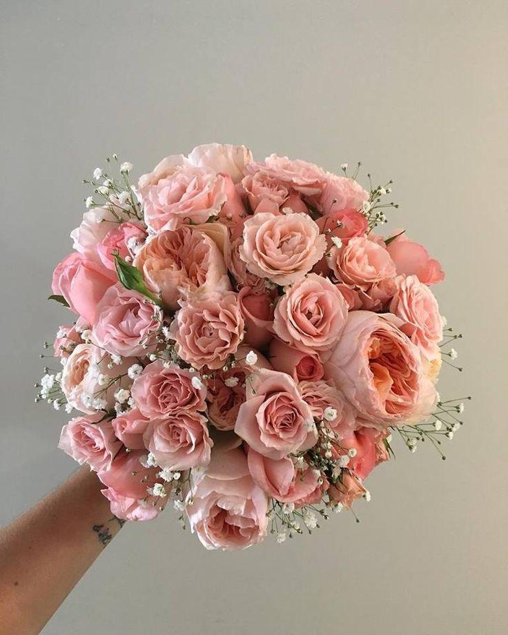 CBR470 wedding Riviera Maya coral and pink roses, garden roses and baby breath bouquet /ramo de rosas , nube