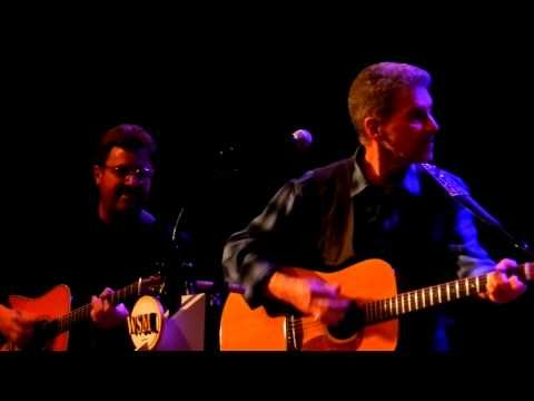 "Johnny Rivers singing ""Summer Rain"" with Vince Gill at The Grand Ole Opry - YouTube"