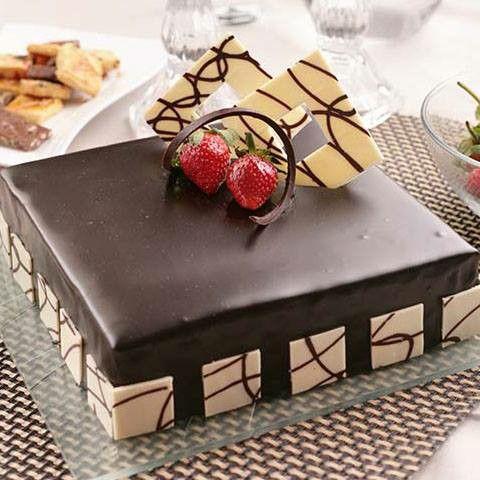 #symphony #cake #chocolate #choco #strawberry #cheese #foodgasm #foodpic #follow4follow