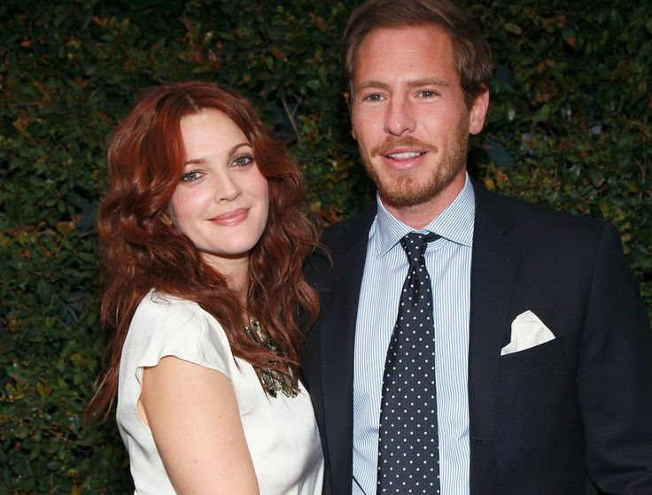 """David Livingston/Getty Images Drew Barrymore and Will Kopelman """"Big Miracle"""" star Drew Barrymore exchanged vows with art consultant Will Kopelman on June 2 at the actress' home in Montecito, Calif. Barrymore wore a Chanel gown during the Jewish ceremony, which was held before family and close friends, including Cameron Diaz and Reese Witherspoon. The couple welcomed a daughter named Olive in September. Barrymore was previously married to Jeremy Thomas and comedian Tom Green."""