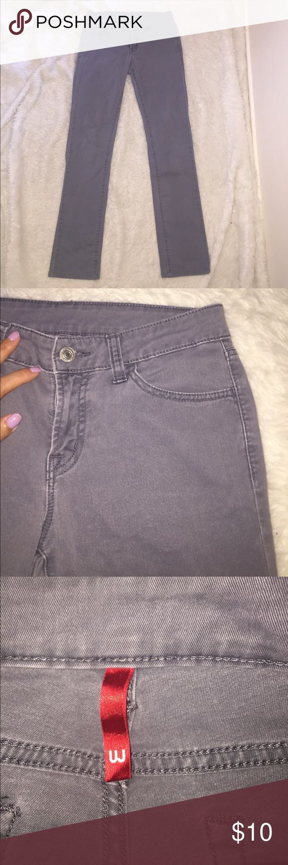 """Uniqlo gray jeans Uniqlo jeans the new standard for jeans. With design, quality, and value to bring fresh surprise and delight to people world wide/ Jean innovation from Japan. Inseam 28"""" rise 8.5"""" Uniqlo Jeans"""